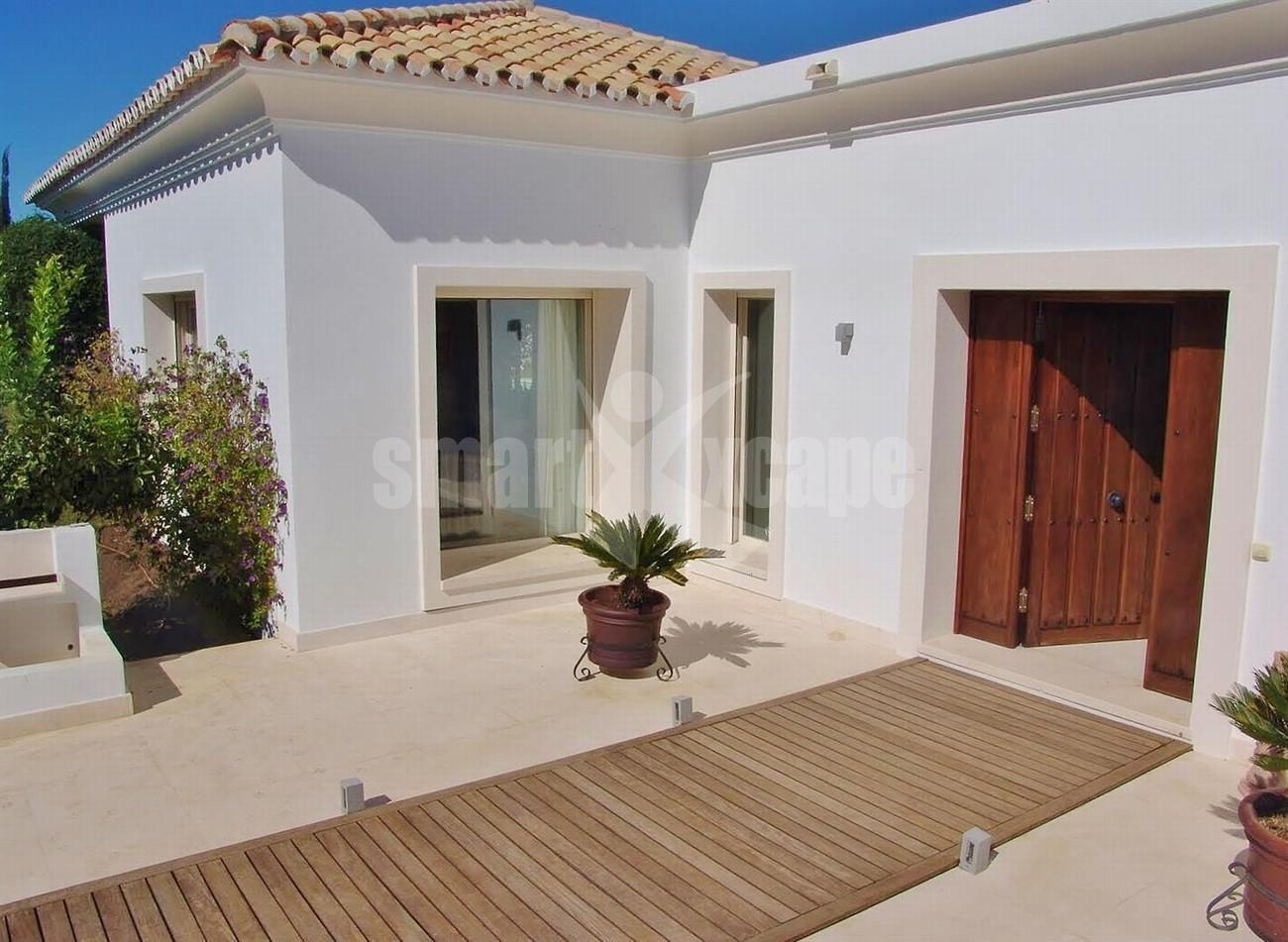 Contemporary Villa in Marbella Golden Mile (19) (Large)