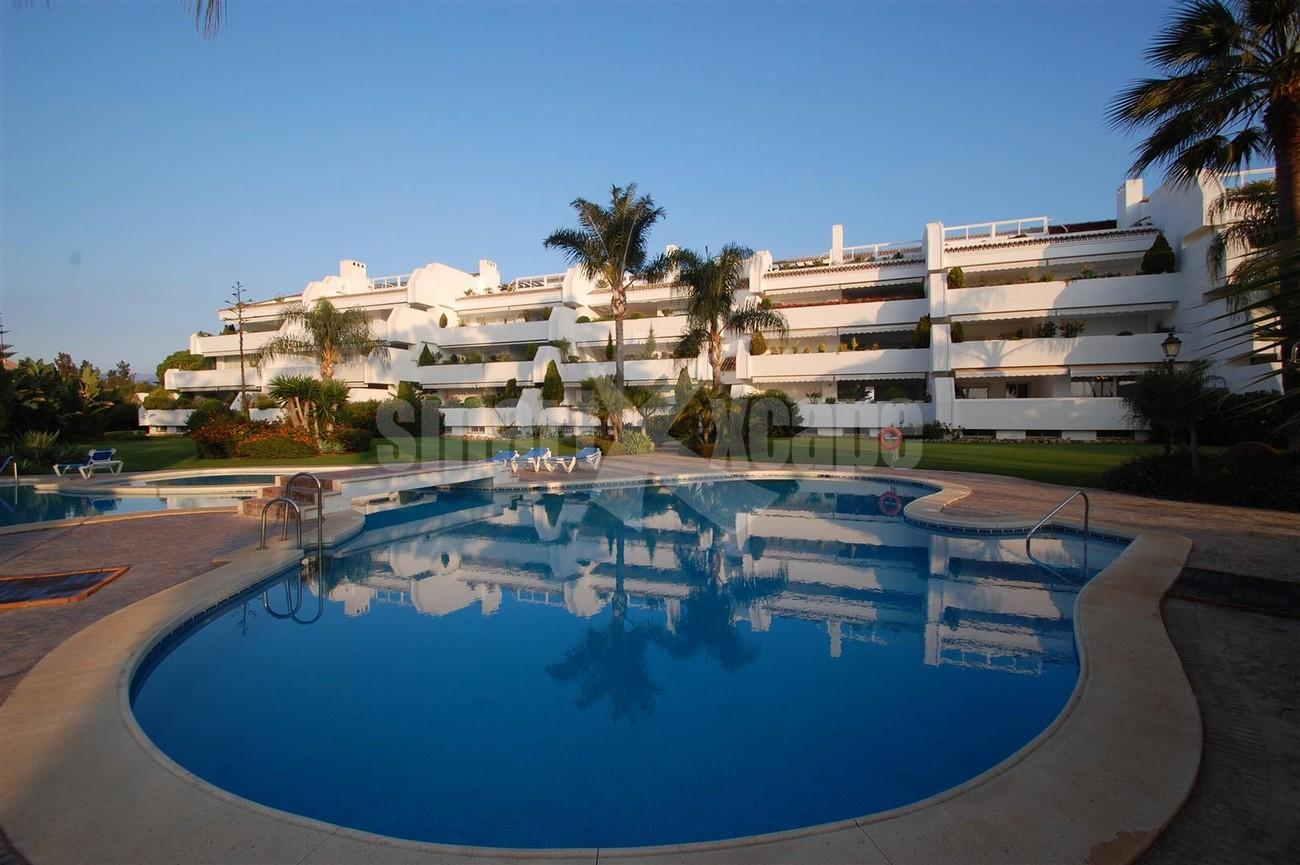 A5504 Beachside apartment Marbella 1 (Large)