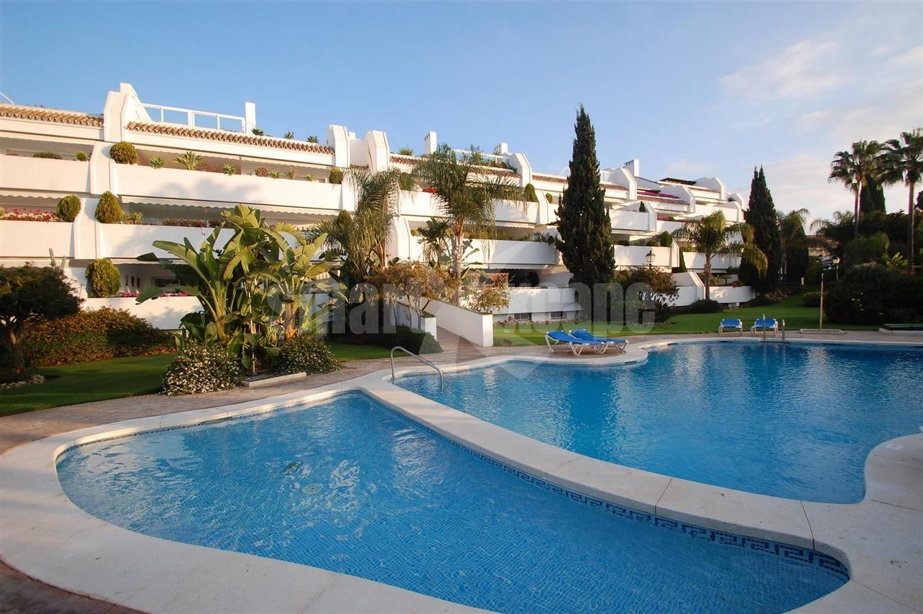 A5504 Beachside apartment Marbella 10 (Large)